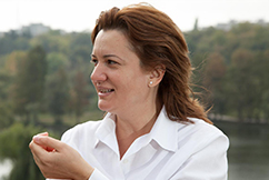 Elena Capruciu